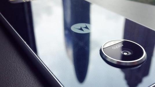 Moto Z Play'in Görselleri İnternete Sızdırıldı