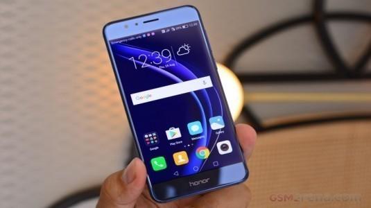 Huawei, Honor Markası ile Yükselmeye Devam Ediyor