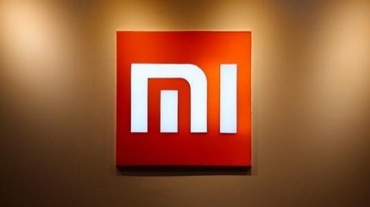 Beyaz Xiaomi Mi Mix yakında satışa sunulacak