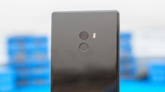 Xiaomi Mi 6'nın Seramik Versiyonu Mi Mix Gibi Çerçevesiz Tasarımla Gelebilir