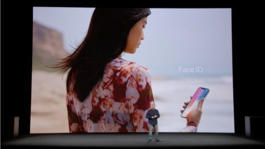 Face ID, iPhone'lar ardından iPad'de boy gösterecek