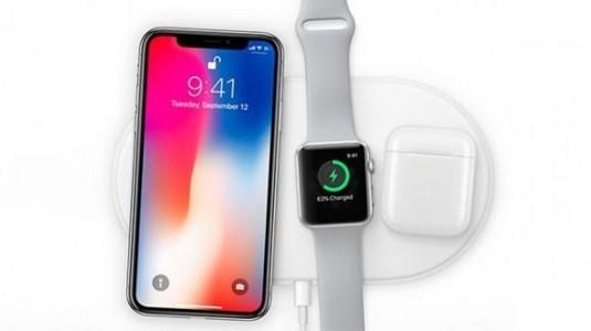 Kablosuz şarj olan iPhone'lar için şarj aksesuarları