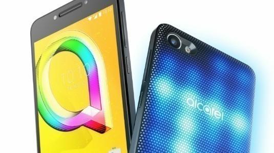Alcatel A5 LED Türkiye'de Satışa Sunuldu