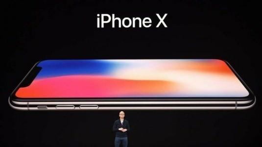 Apple, 2018'de iPhone X'in Daha Düşük Fiyatlı Modelini Sunacak