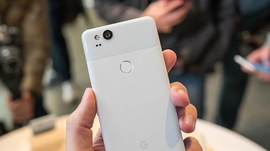 Gecikmeli Gelen Pixel 2 Modelleri İçin Google Kullanıcılara Ücretsiz Bir Canlı Kılıf Gönderecek