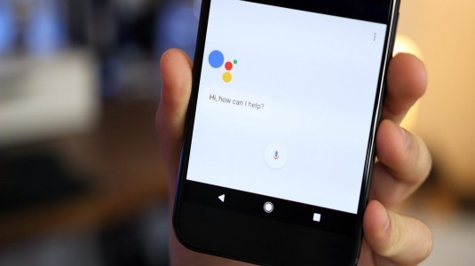 Google Assistant, sesli olarak uyandırılabilecek