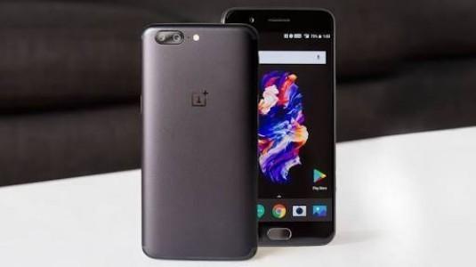 Oneplus 5T'nin Yeni Görüntüsü Telefonun Çerçevesiz Ekranını Gösteriyor
