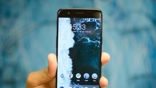 OnePlus 5T, Samsung Tarafından Üretilen Optik AMOLED Ekran ile Birlikte Geliyor