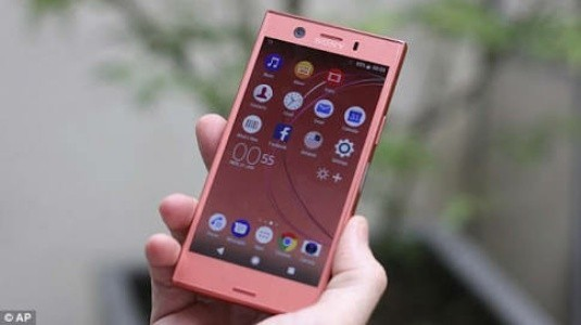 Sony Xperia XZ1 Compact Android 8.0 Oreo ile ABD'de Satışa Sunuldu