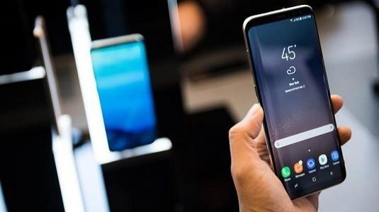 Samsung Android Güncelleme Süresini 3 Yıla Çıkarabilir