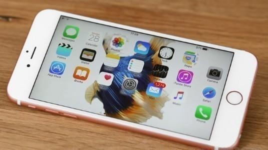 Apple, Eski Bataryaya Sahip iPhone'ları Kasıtlı Olarak Yavaşlattığını Doğruladı