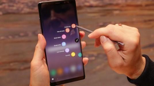 Galaxy Note 8, yılın en iyisi ödülünü aldı