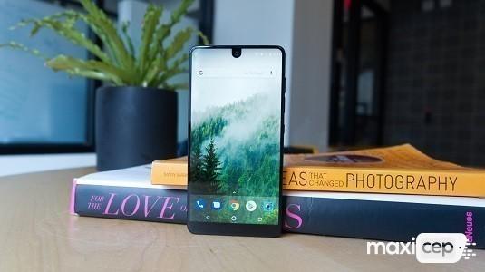 Essential Phone PH-1 Kamera Uygulaması İçin Yeni Güncelleme Geldi