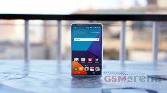 LG G6, Avrupa'da Nisan Ayının Sonunda 749€ Fiyatla Satışa Sunulacak