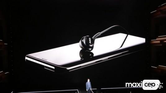 Galaxy S8, 99$'lık Kablolu Harman AKG Kulaklık Setiyle Birlikte Gelecek