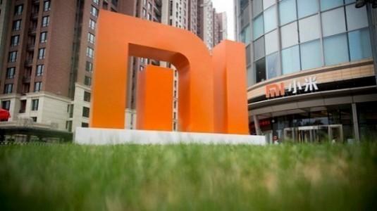 Xiaomi Mi Mix 2, %93 ekran / gövde oranı ile geliyor