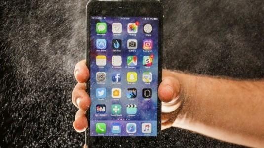 Bloomberg'in, önemli iPhone 8 iddiası