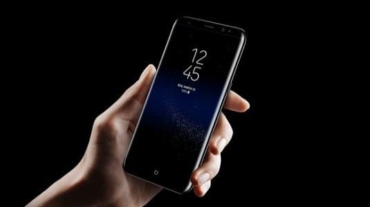 Galaxy S8 Plus'ın 6GB RAM Olan Versiyonu AT&T, T-Mobile İle Uyumlu Olacak