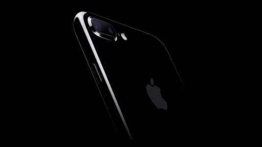 IPhone 9'un 5.28 inç ve 6.46 İnç Boyutlarında OLED Ekranı Olacağı İddia Ediliyor