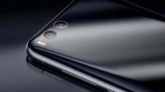 Satışa Sunulan Xiaomi Mi 6'nın Seramik Versiyonu Kısa Sürede Tükendi