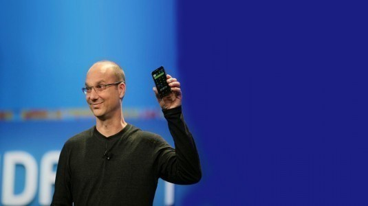 Andy Rubin'in Android Akıllı Telefonu Essential, 30 Mayıs'ta Çerçevesiz Tasarımıyla Duyurulacak