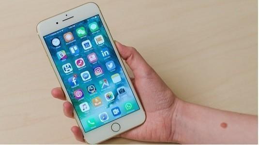iPhone 8 Modeli Diğer Modellerin Aksine Ev Butonuna Sahip Olmayacak