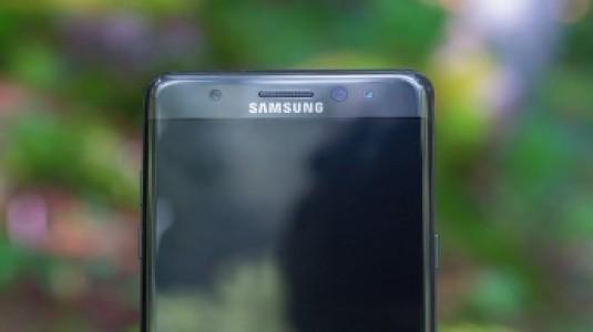 İnternete Sızan Galaxy Note 7R Görselleri, Note 7 ile Aynı Tasarımı Doğruladı