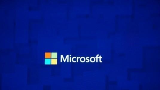 Microsoft'un Amiral Gemisi Lumia 960'ın Prototip Görüntüleri Sızdırıldı
