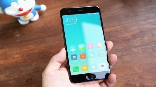 Neden Xiaomi Mi6'da 3.5mm Kulaklık Girişi Olmadığı Ortaya Çıktı