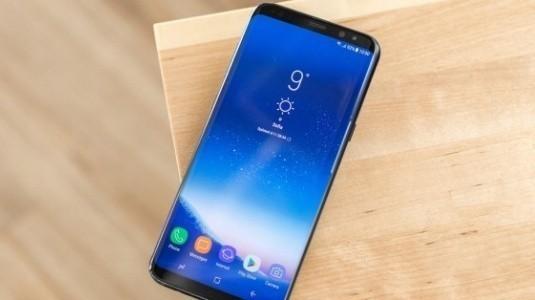 Dual SIM Galaxy S8+ İngiltere'de Satışa Sunuldu