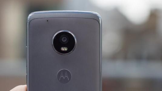 Moto G5s Plus'ın Sızan Yeni Görüntüsü, Yeni Renk Seçeneğini Doğruladı