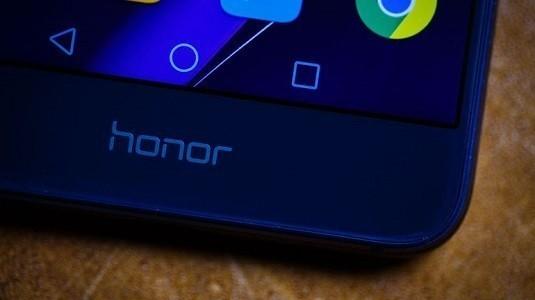 Orta Seviye Huawei Honor Maya Modeli TENAA Üzerinde Göründü