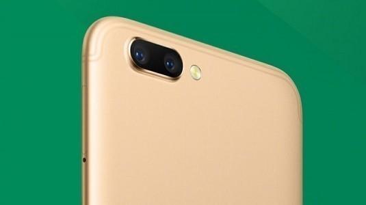 Merakla Beklenen Oppo R11 Modeli Resmi Olarak Duyuruldu