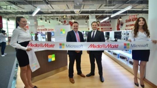 Microsoft'un Türkiye'deki İlk Mağazası, Ankara'da Açıldı