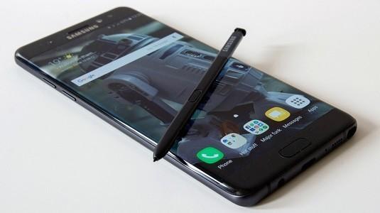 Samsung Galaxy Note 8 Modelinin Ekranında Kıvrım Olmayacak