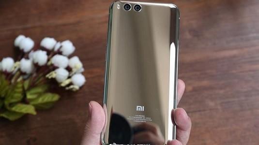 Xiaomi Mi 6 Mercury Silver Görüntüleri Ortaya Çıktı