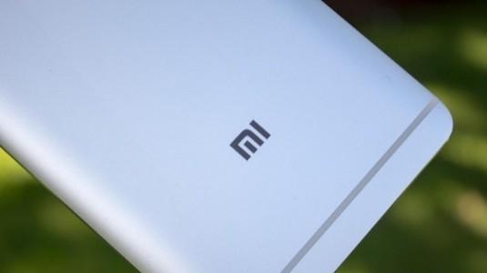 Kod Adı: Chiron: Xiaomi'nin Bir Sonraki Amiral Gemisi 8GB RAM ve 6 inç  18:9 Ekrana Sahip Olacak