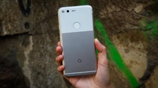 Google Pixel 2, Android 8.0.1 ve Aktif Kenar Sıkıştırma Özelliği ile FCC'de Göründü