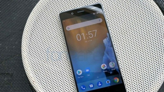 Nokia 8, 5.3 inç Quad HD Ekran, Snapdragon 835, 13MP Çift Arka Kamera ile Duyuruldu