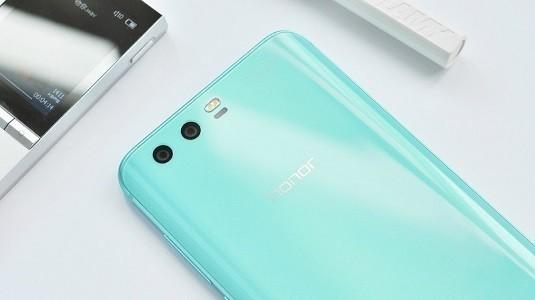 Huawei Honor 9 Robin Blue Rengine Kavuştu