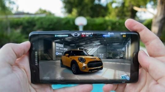 5.77 inç Galaxy S9 ve 6.22 inç S9 + Hücresel Dokunmatik Ekranla Birlikte Gelecek