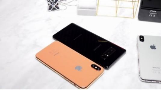 Galaxy Note8 ve iPhone 8 Yan Yana