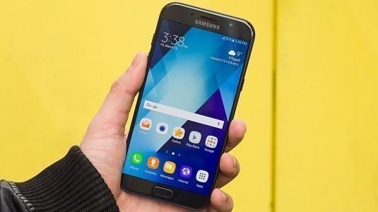 Samsung Galaxy A Serisi Önümüzdeki Yıl Çerçevesiz Ekran Kullanacak