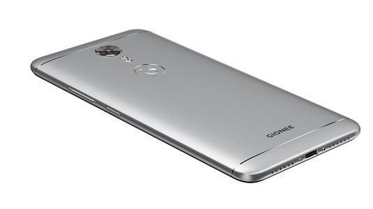 Gionee 18:9 Ekran Oranına Sahip Çerçevesiz Bir Akıllı Telefon Üzerinde Çalışıyor