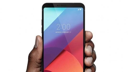 LG V30, IFA 2017 fuarının en iyisi olarak karşımıza çıktı