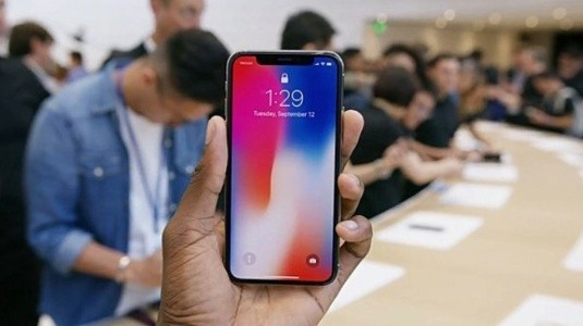 KGI: iPhone X Ön Siparişleri 50 Milyonu Geçebilir