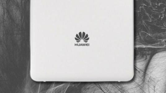 Huawei Mate 10 Plus ve Başka Bir Model, CCC Sertifikası Aldı