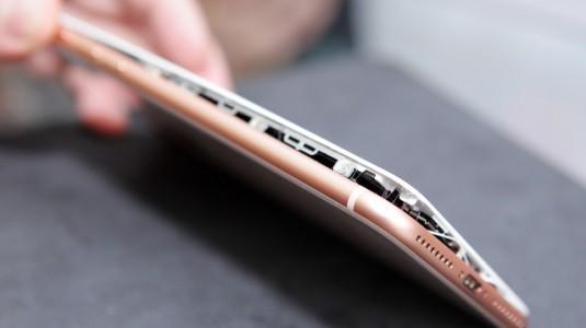 iPhone 8 Plus'ın bataryası gerçekten şişiyor mu?