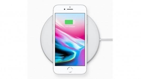 iPhone 8, iPhone 7'nin yarısı kadar satabildi