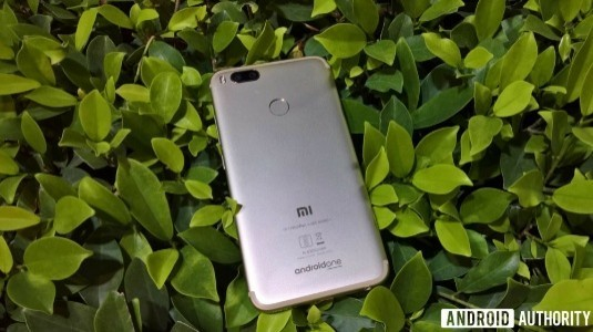 Xiaomi, İlk Android One Akıllı Telefonu Mi A1'i Tanıttı